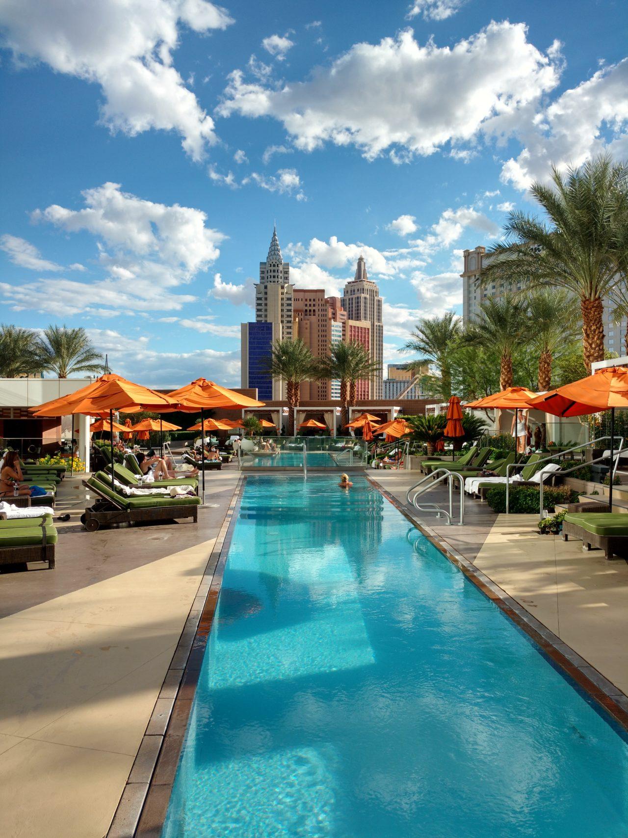 Mandarin Oriental Las Vegas Pool