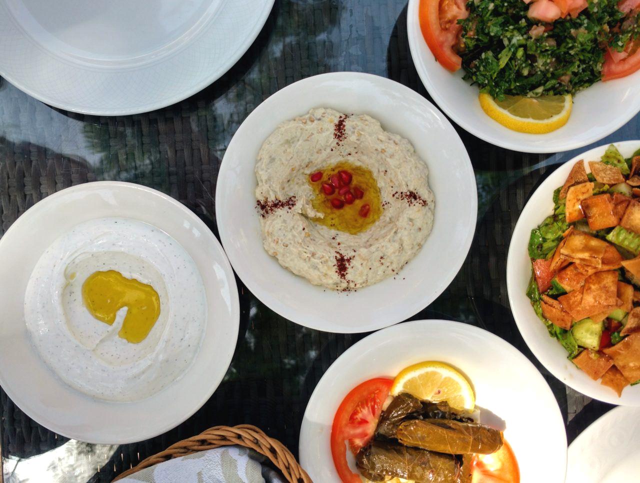 Dubai Mezze Platter