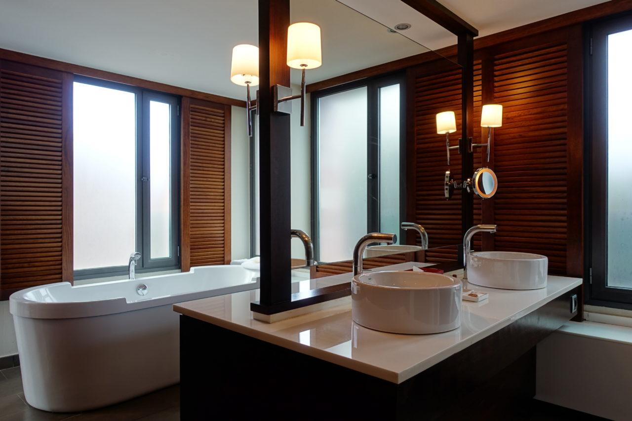Sheraton Gran Canaria Bathroom