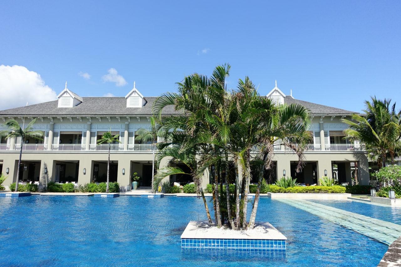 St. Regis Mauritius main pool