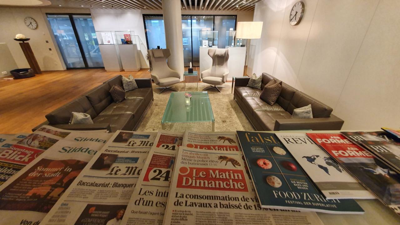 Zurich lounge magazines
