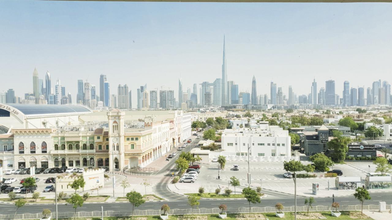 Dubai skylinev view