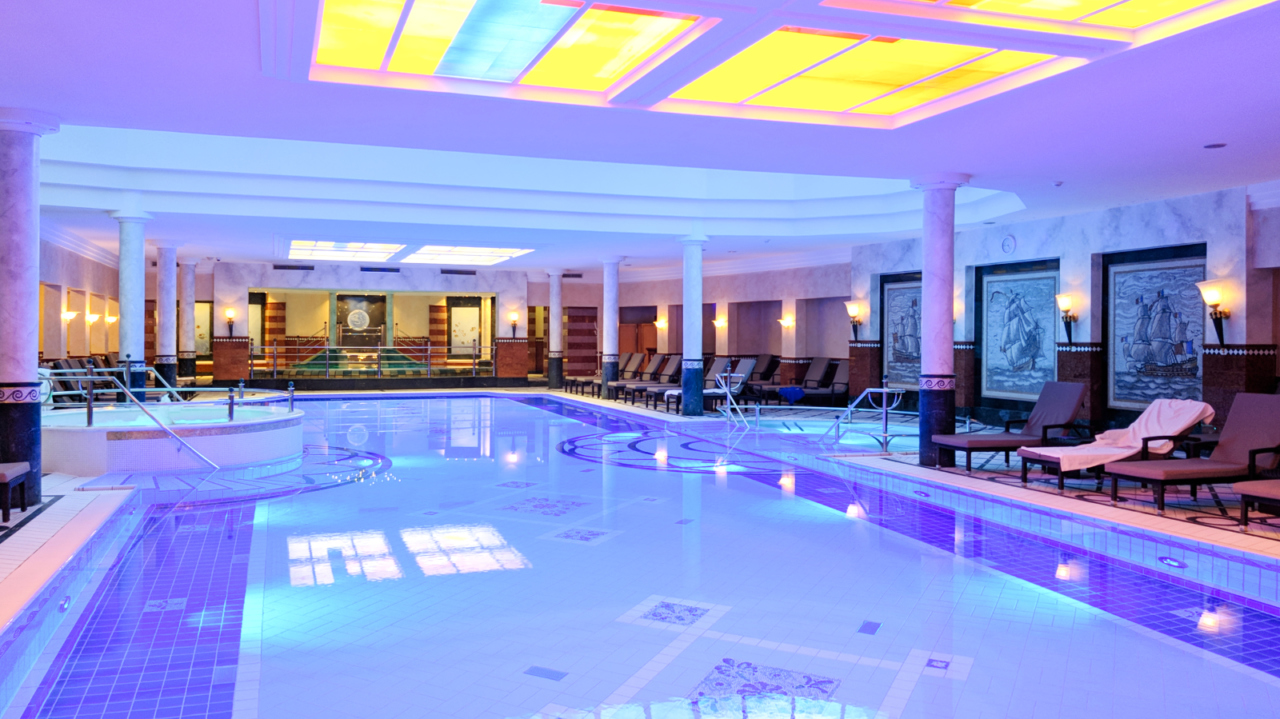 Althoff Seehotel spa pool