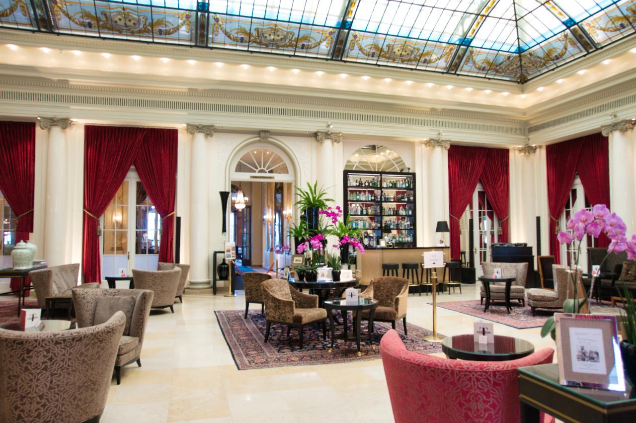 Bellevue Palace Hotel Bern Lobby