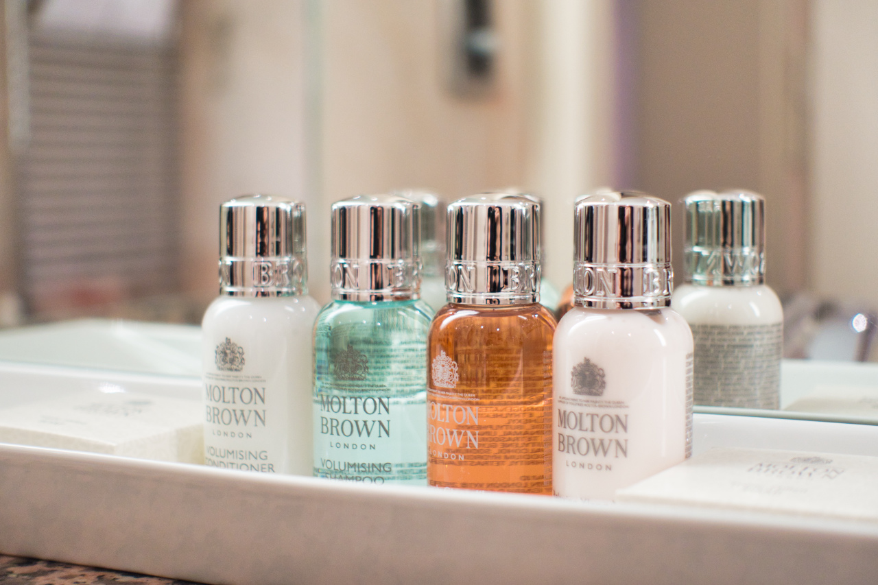 Bellevue Palace Bern Deluxe Suite Bathroom Molton Brown